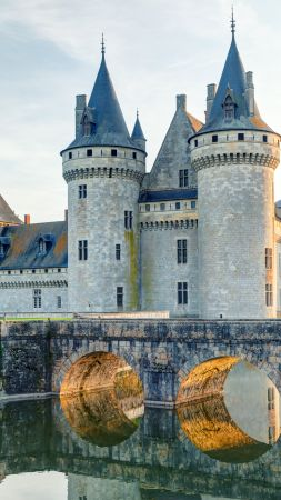 Chateau de sully-sur-loire, France, castle, travel, tourism (vertical)