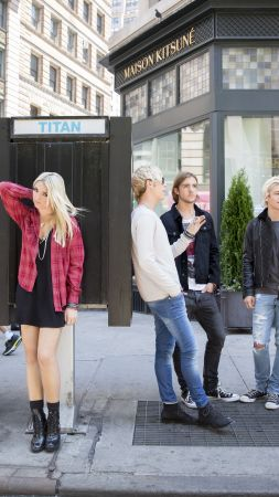 R5, Top music artist and bands, Ross Lynch, Riker Lynch, Rocky Lynch, Rydel Lynch, Ellington Ratliff (vertical)