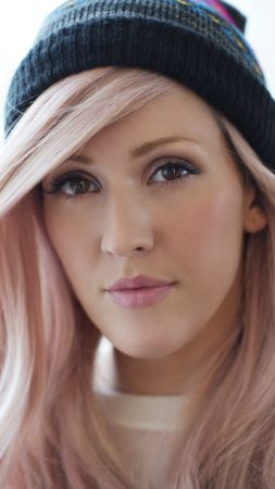 Ellie Goulding, Top music artist and bands, blond (vertical)