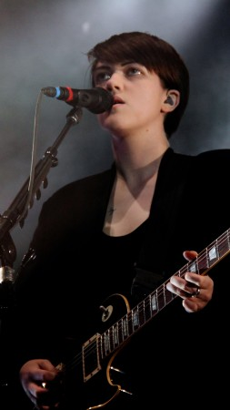 The xx, Top music artist and bands, Romy Madley Croft (vertical)