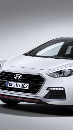 Hyundai i30 Turbo, hatchback, review, buy, rent (vertical)