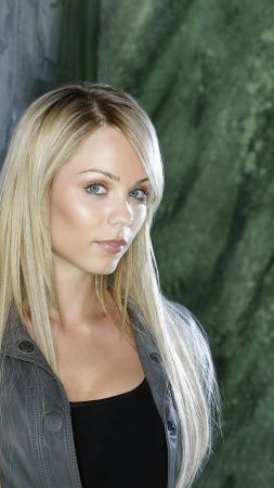 Laura Vandervoort, Most Popular Celebs, actress, blonde (vertical)