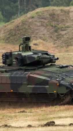 Puma, infantry fighting vehicle, German army (vertical)