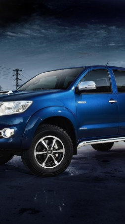 Toyota Hilux Invincible, Pickup, review, buy, rent, test drive (vertical)