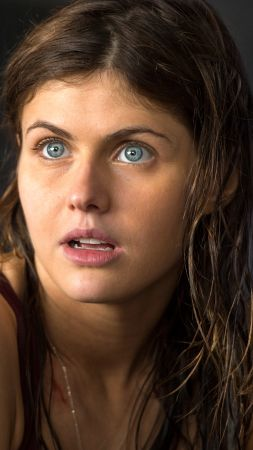Alexandra Daddario, Most Popular Celebs, actress, San Andreas (vertical)