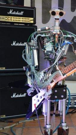 Compressorhead, robot music band, tnt