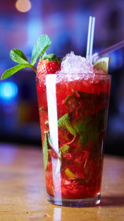 cocktails, mojitos, strawberry, ice, mint