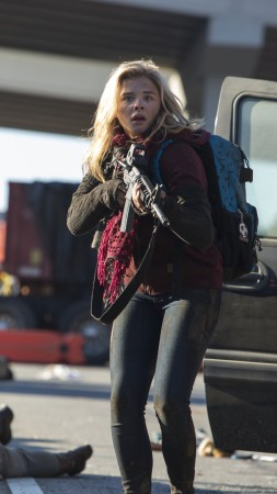 The 5th wave, Best movies, Chloe Moretz (vertical)