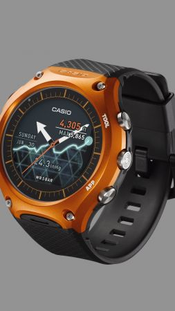 Casio WSD f10, smart watch, CES 2016 (vertical)