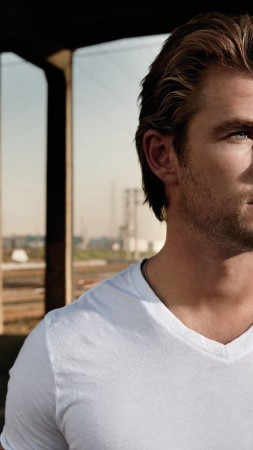Chris Hemsworth, Thor, Avengers, Thor: The Dark World