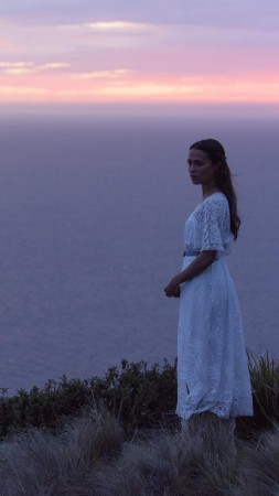The Light Between Oceans, Michael Fassbender, Alicia Vikander, best movies of 2016 (vertical)