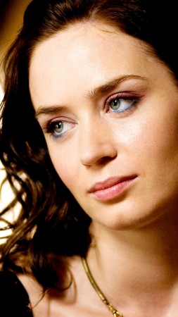 Emily Blunt, Emily Olivia Leah Blunt, Actress, eyes, look, brunette, portrait (vertical)