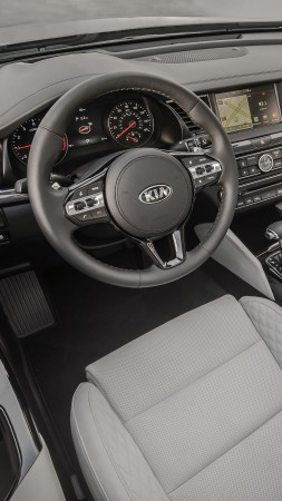 Kia Cadenza, NYIAS 2016, sedan, interior (vertical)