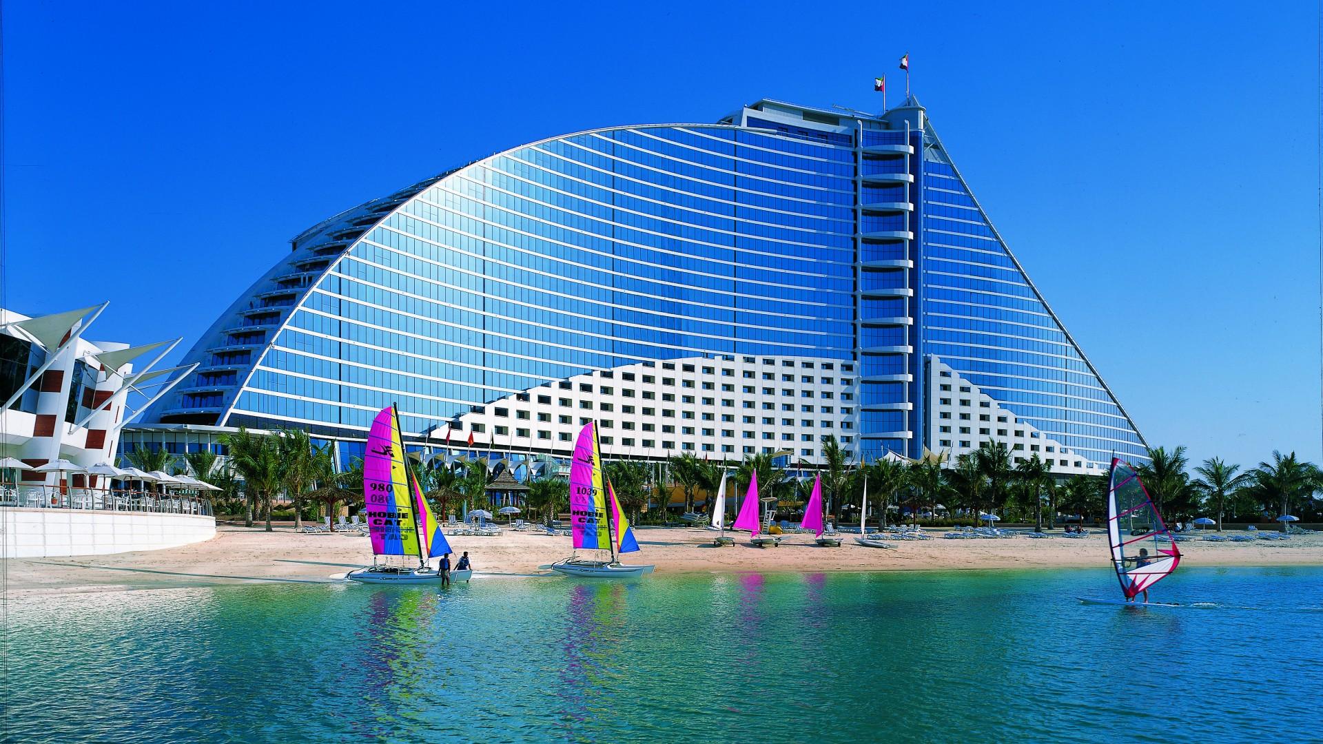 Jumeirah beach wallpaper architecture modern jumeirah for Hotel reservation in dubai