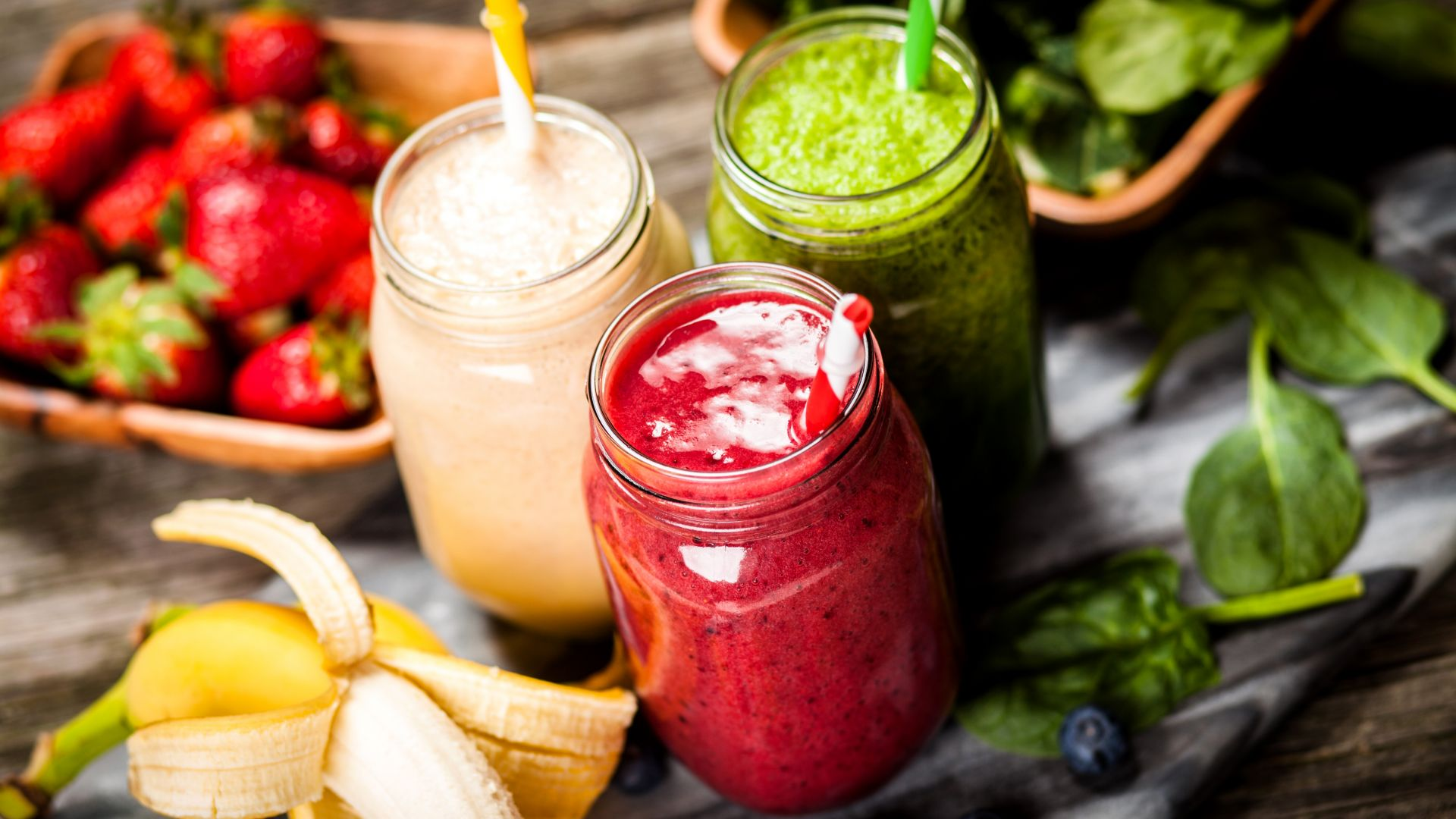 Wallpaper smoothies, strawberry, banana, mint, delicious ...