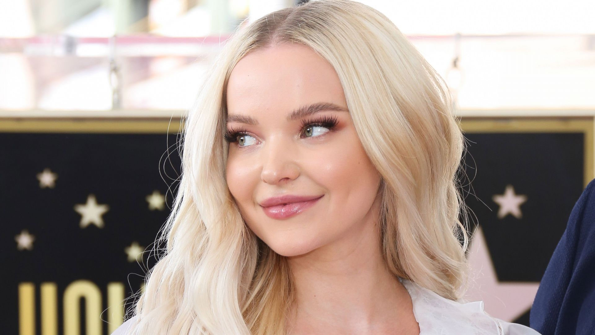 Dove Cameron, photo, blonde, 5k (horizontal)