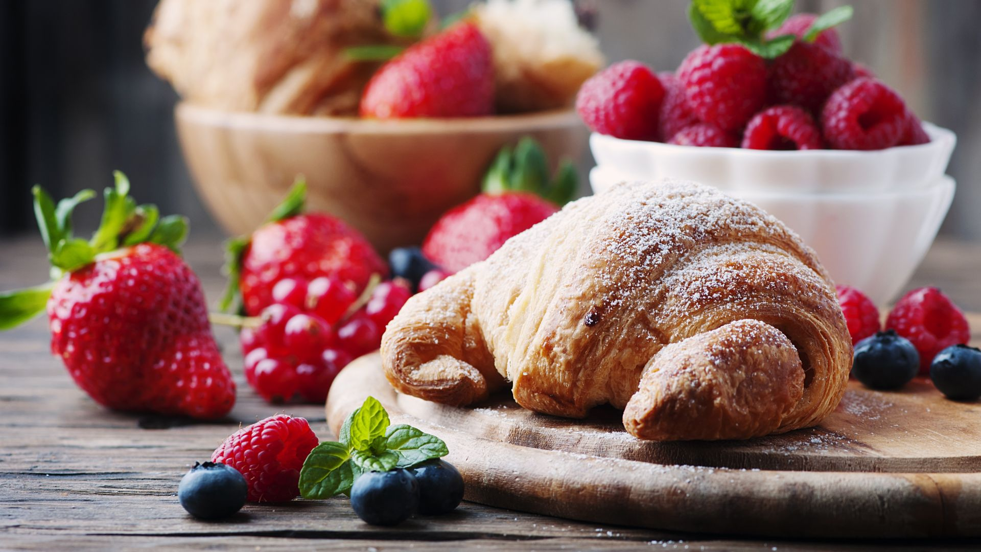 French croissants, fruit, berries, strawberry, raspberry, delicious, 4k (horizontal)