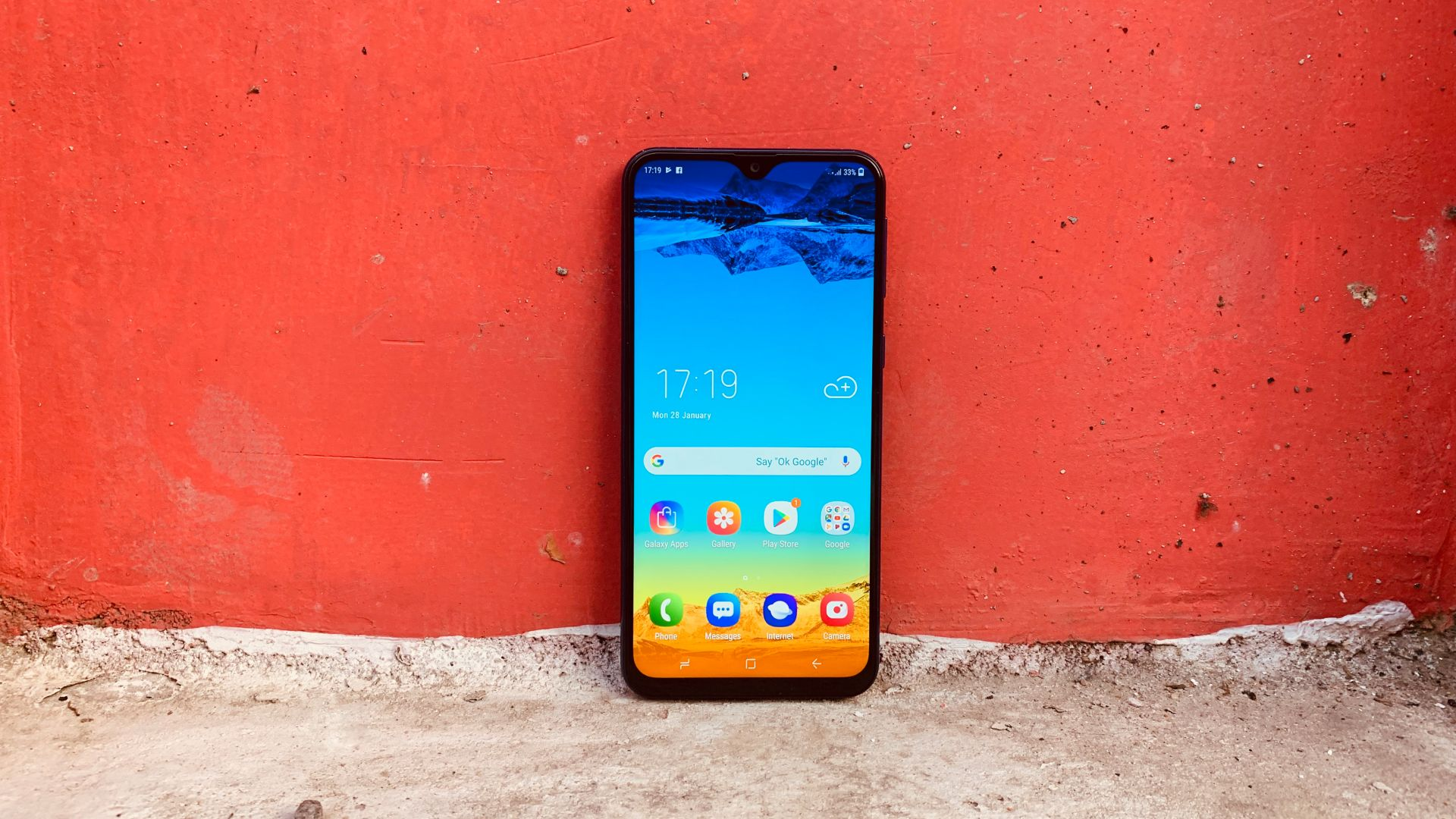 Samsung Galaxy M20, Android 9 Pie, 4K (horizontal)