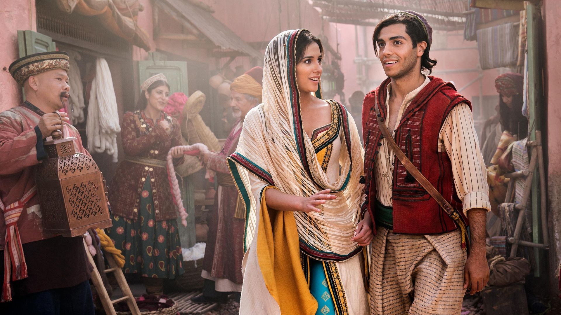 Aladdin, Naomi Scott, Mena Massoud, HD (horizontal)