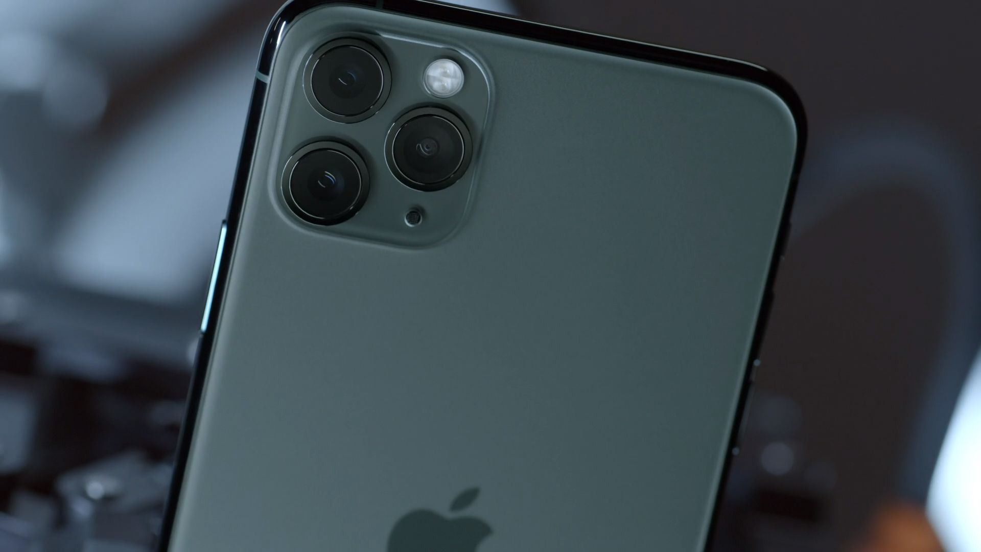 iPhone 11 Pro, Apple September 2019 Event, iPhone 11 (horizontal)