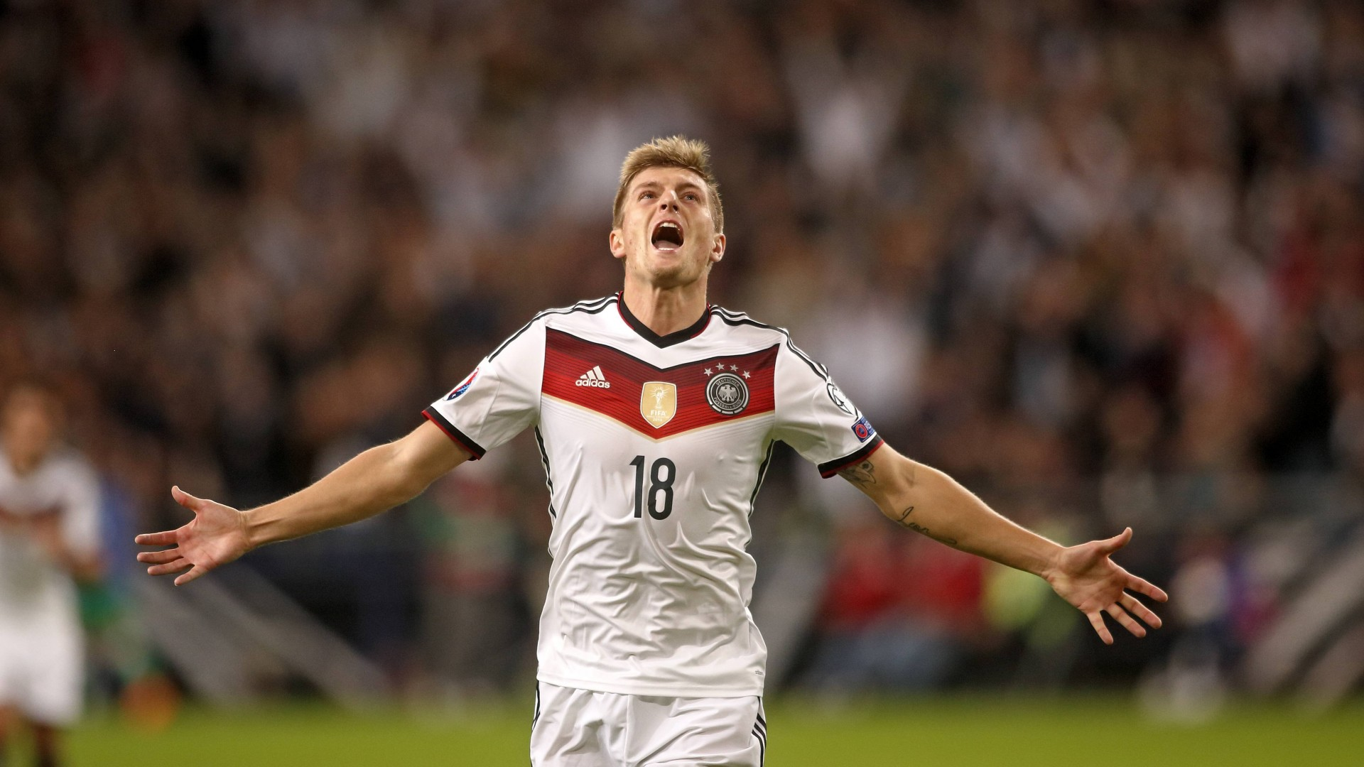 Football, Toni Kroos, soccer, The best players 2015, FIFA, Real Madrid, Midfielder (horizontal)