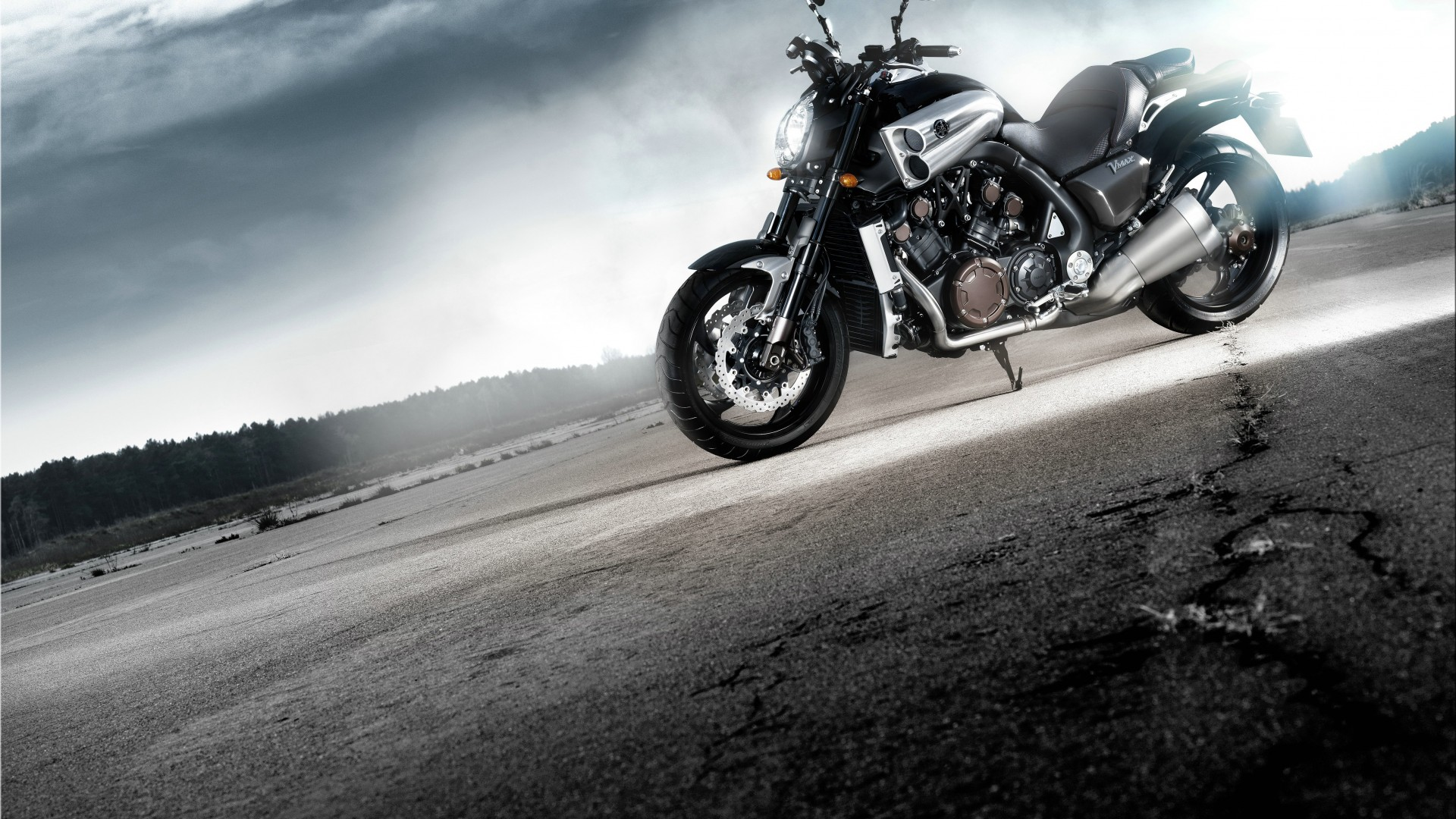 Yamaha VMAX, V-Max, motorcycle, cruiser, bike, test drive, buy, rent, road (horizontal)
