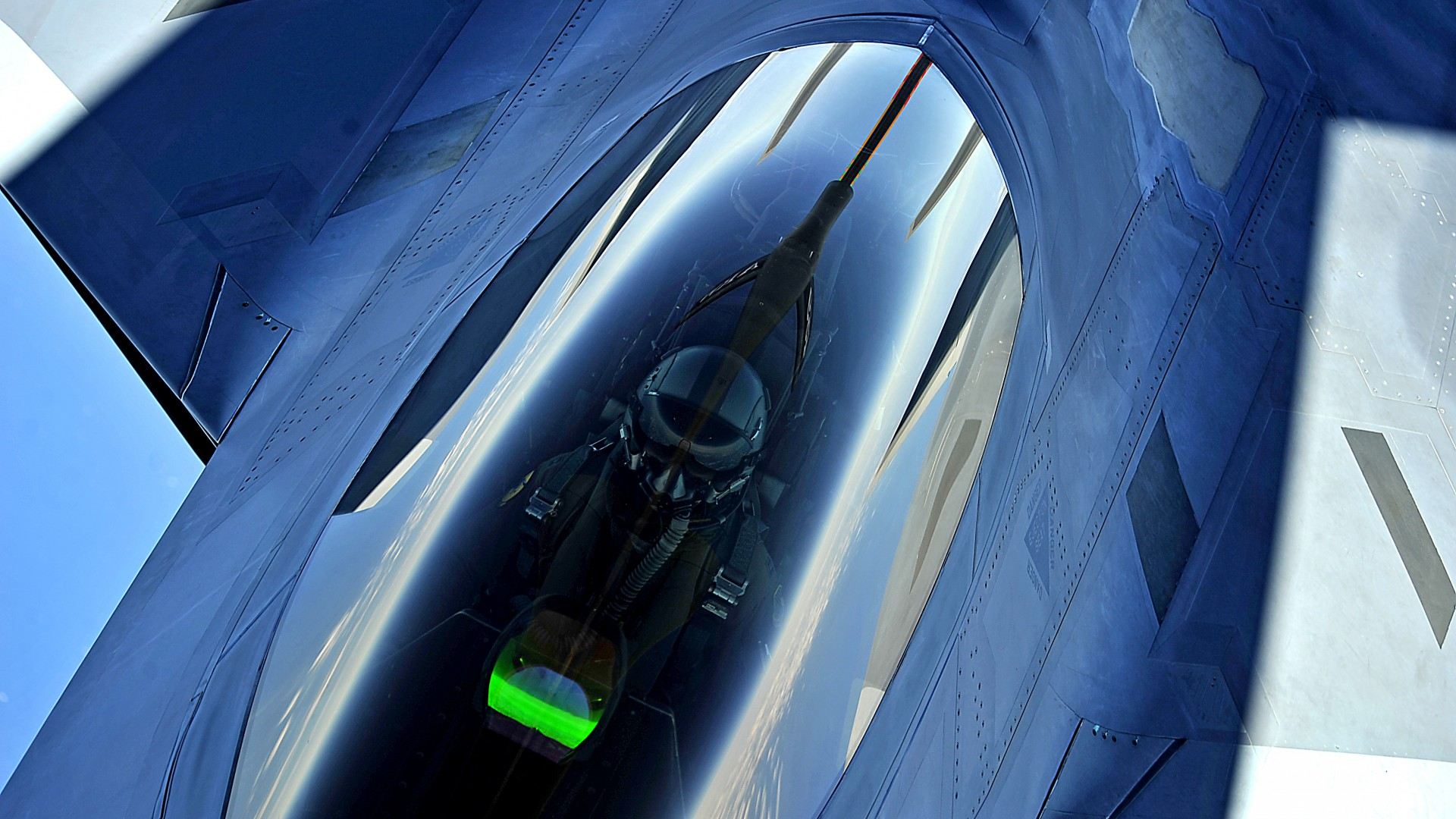 F-22, Raptor, Lockheed, Martin, stealth, air superiority fighter, U.S. Air Force, pilot (horizontal)