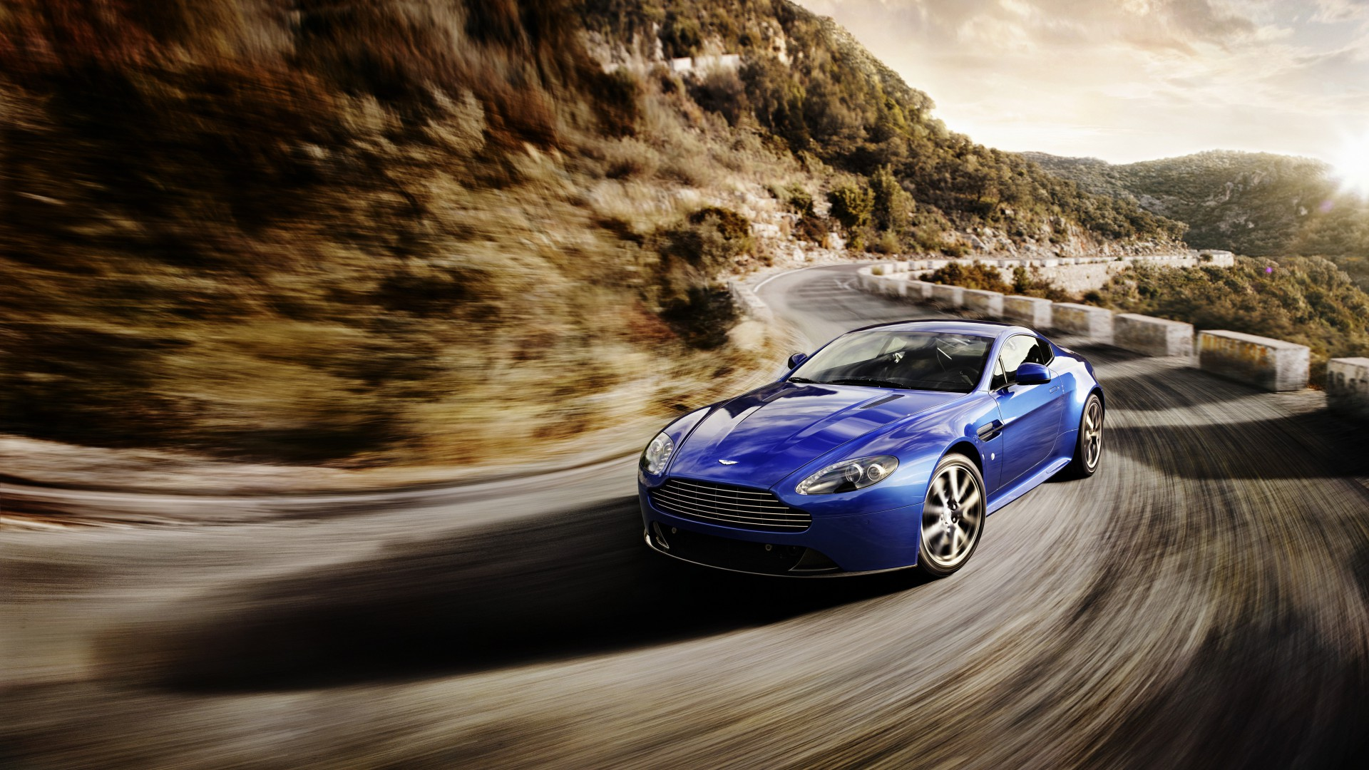 Aston Martin Vantage, sports car, V12, v8, Zagato, silver, review, test drive, speed (horizontal)