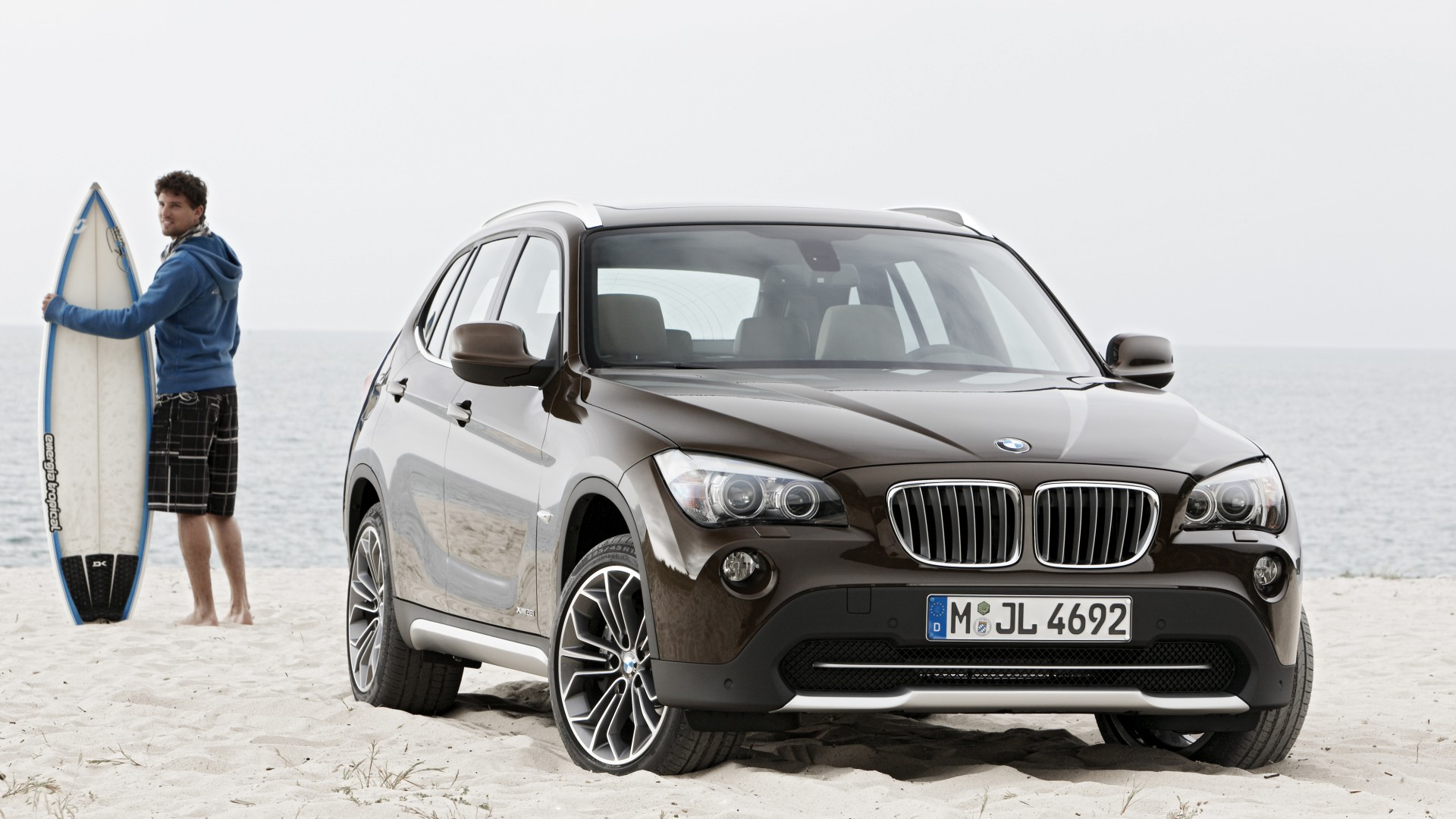bmw x1 wallpaper cars bikes bmw x1 crossover luxury. Black Bedroom Furniture Sets. Home Design Ideas
