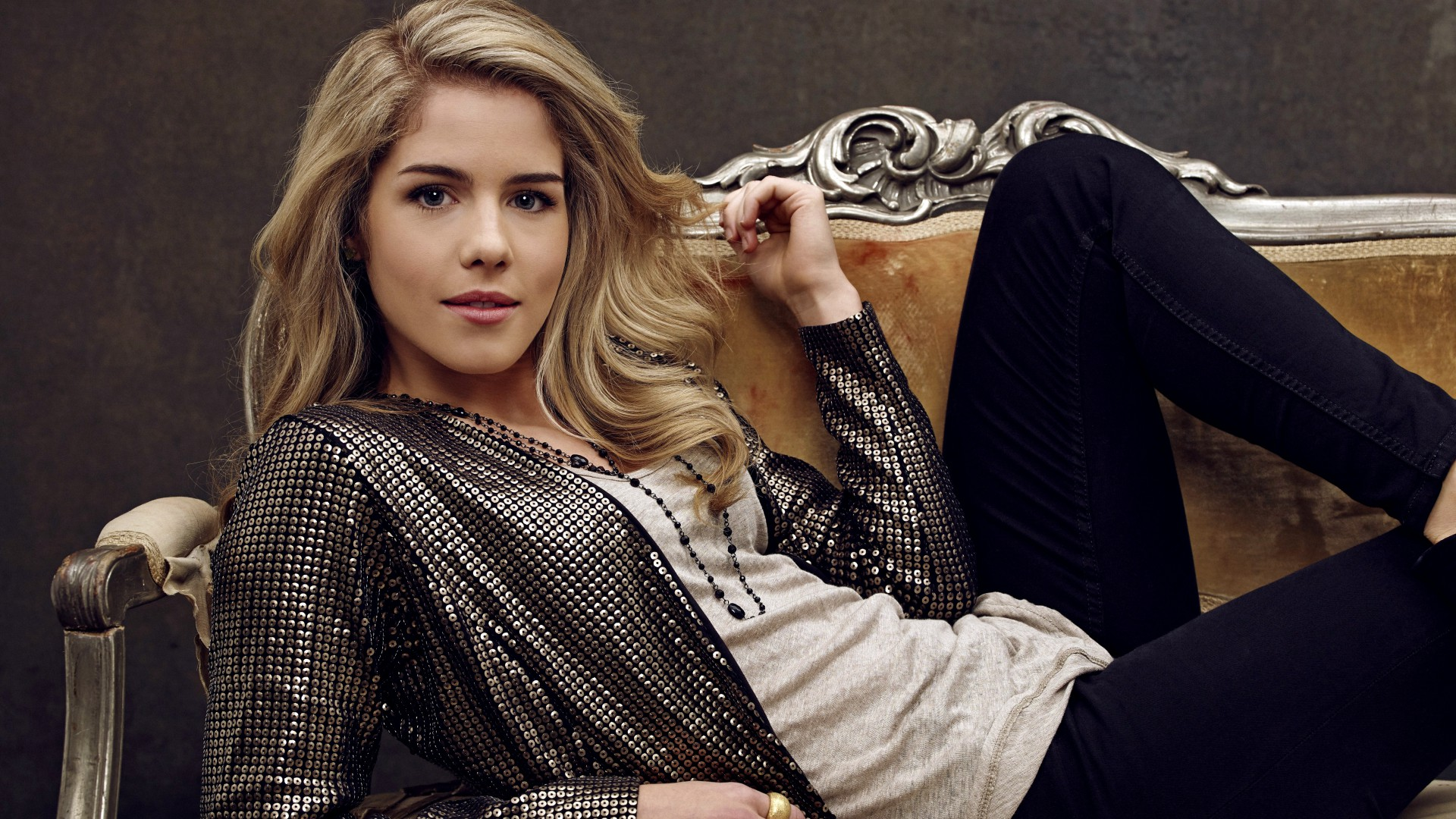 Emily Bett Rickards, Most Popular Celebs in 2015, actress, blonde (horizontal)