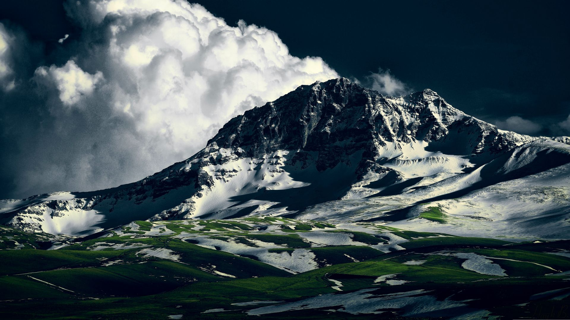 Aragats, 5k, 4k wallpaper, Armenia, mountains, clouds (horizontal)