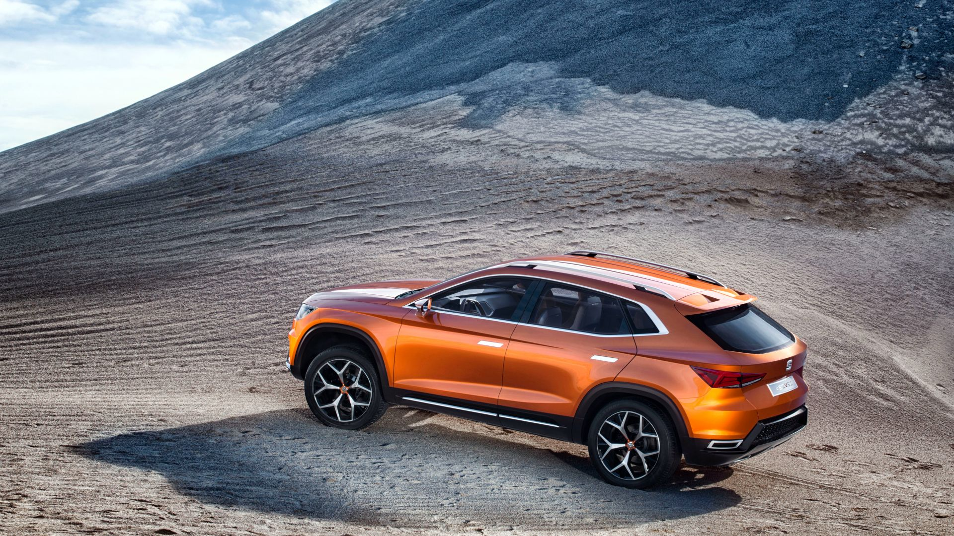 SEAT 20V20, concept, crossover, orange, mountains. (horizontal)
