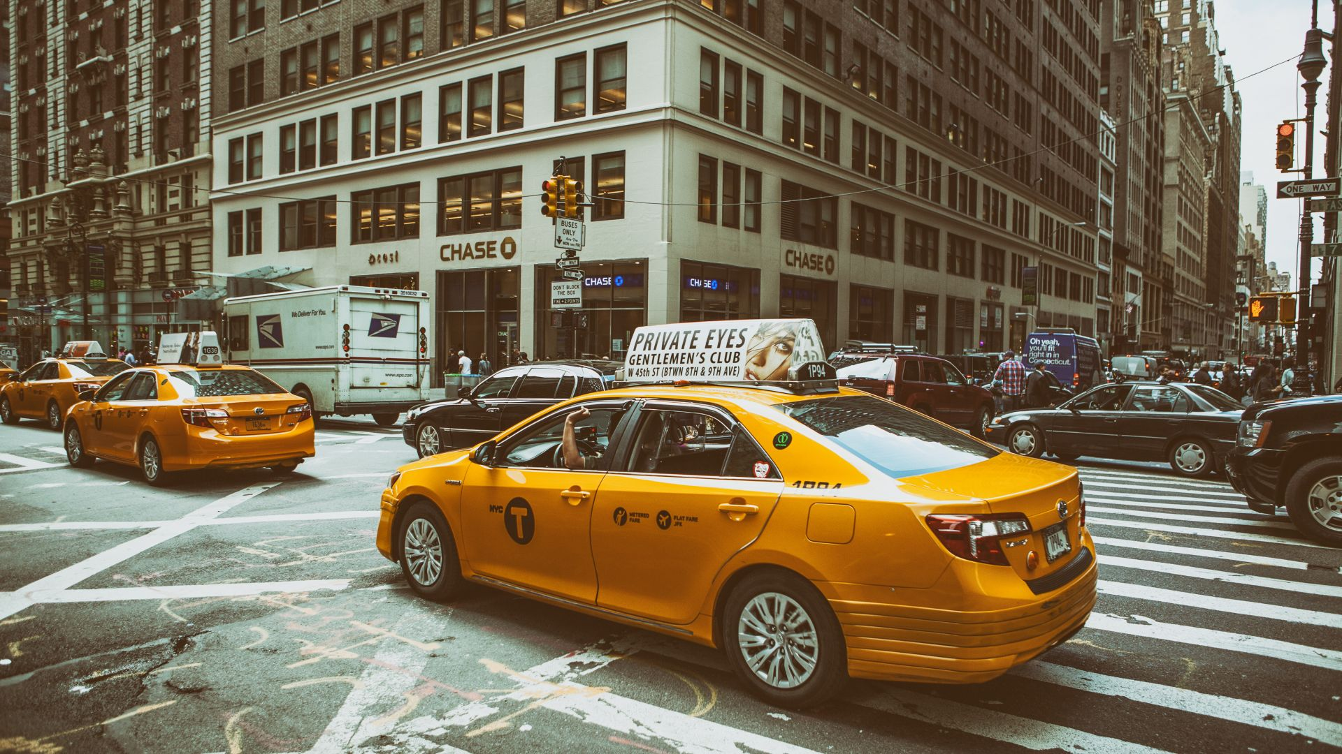 Midtown Manhattan, New York City, traffic, roads, cars, taxi (horizontal)