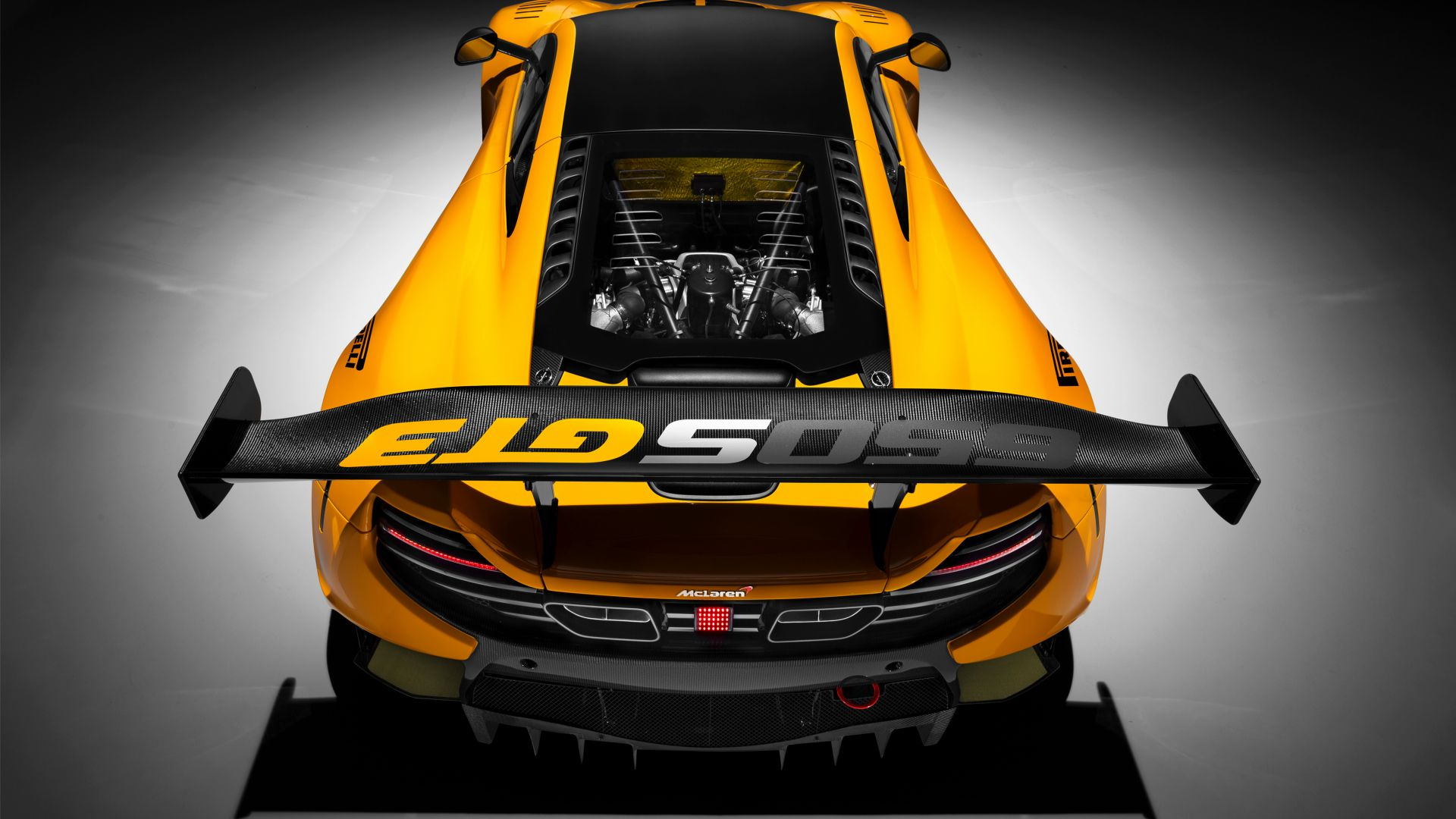 McLaren 650S GT3, Geneva International Motor Show 2016, sports car, yellow (horizontal)