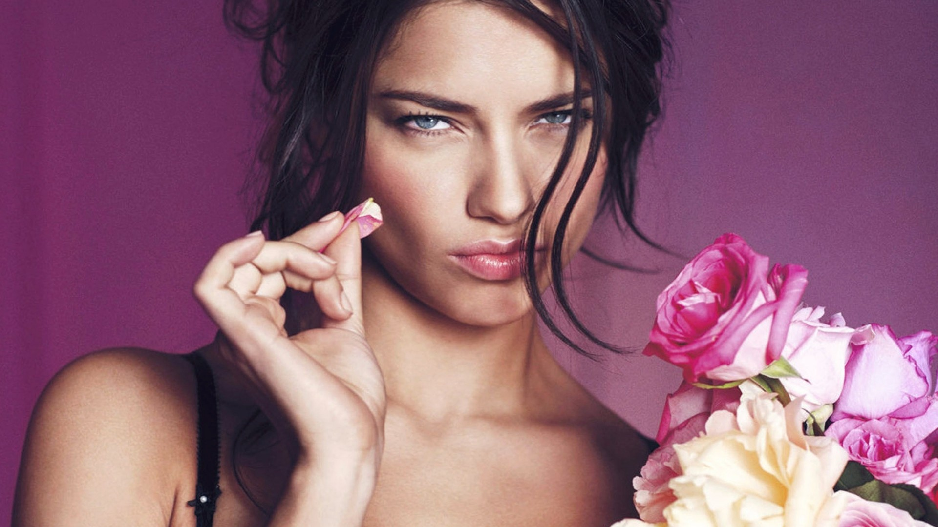 Adriana Lima, Victoria's Secret Angel, girl, pink, portrait (horizontal)