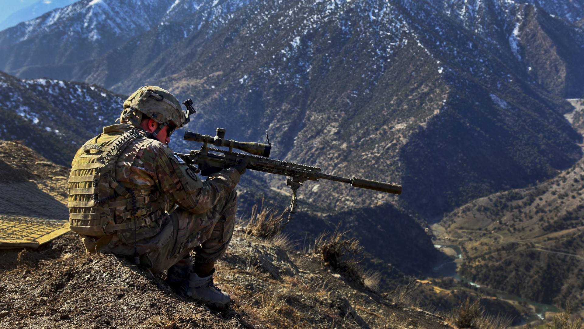 Barrett, sniper, soldier, m82, rifle, army, mountain, camo (horizontal)