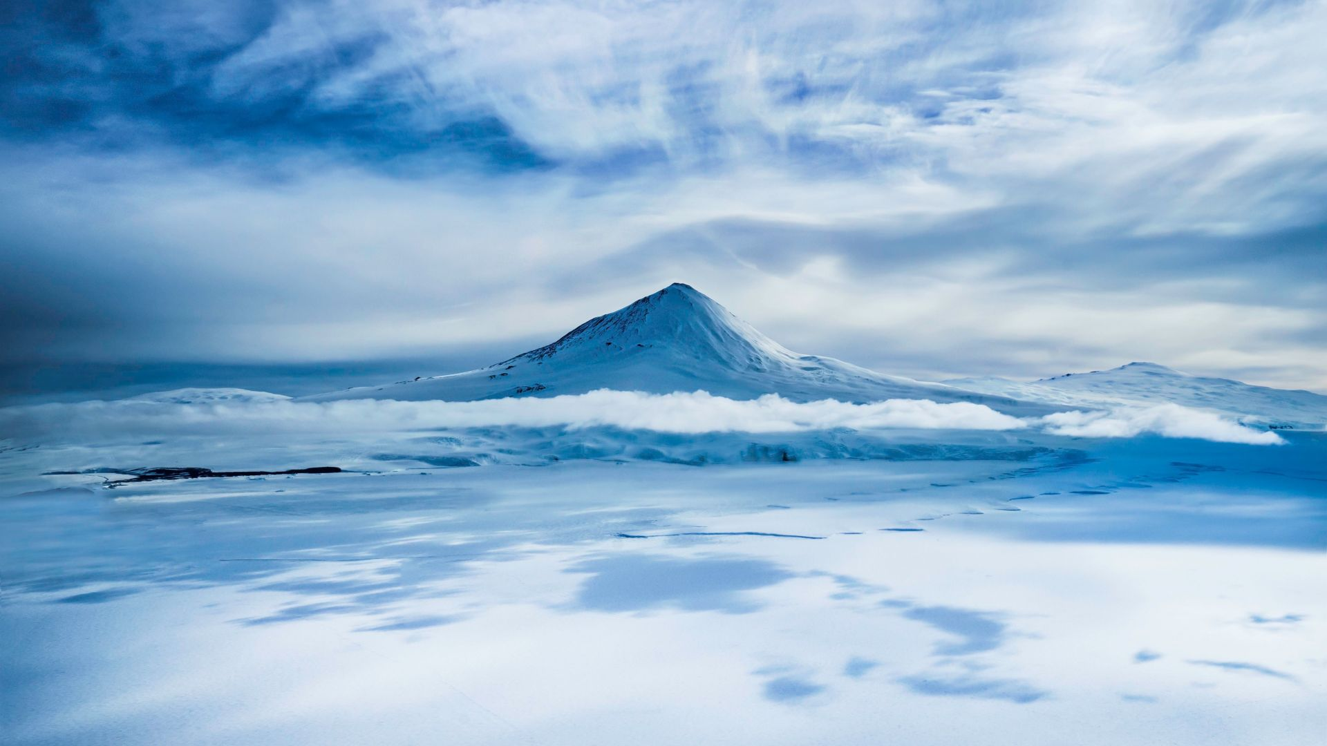 wallpaper erebus antarctica volcano snow winter 5k