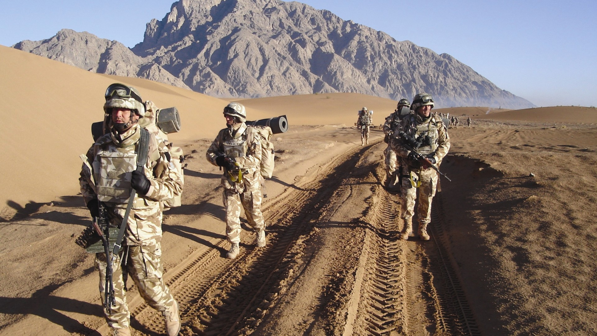 Romanian Armed Forces, soldier, Romania, mountain, Afghanistan, patrol (horizontal)