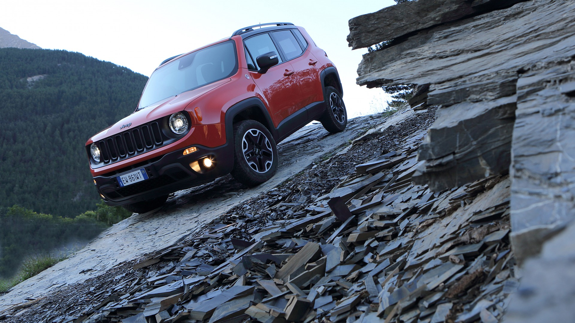wallpaper jeep renegade crossover suv 2015 cars detroit review test drive front cars. Black Bedroom Furniture Sets. Home Design Ideas