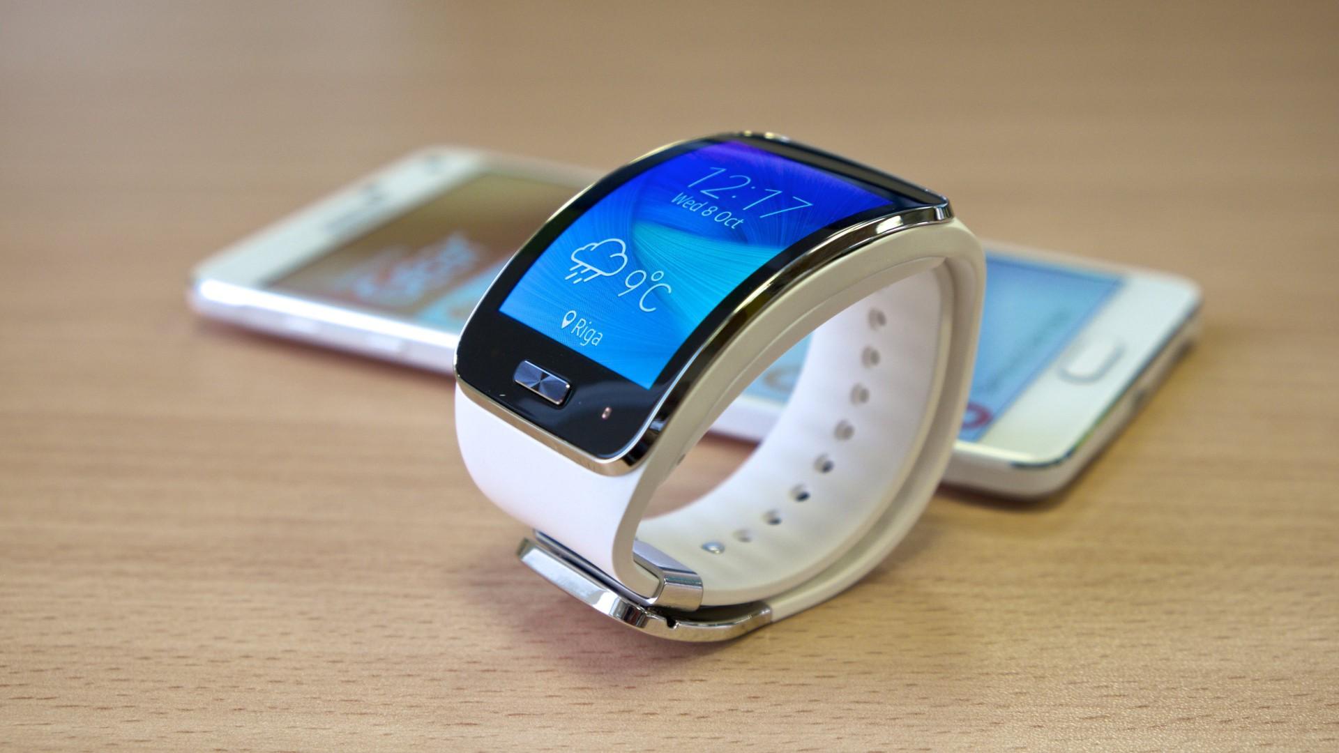 Wallpaper Samsung Galaxy Gear Watch, Samsung Galaxy Models