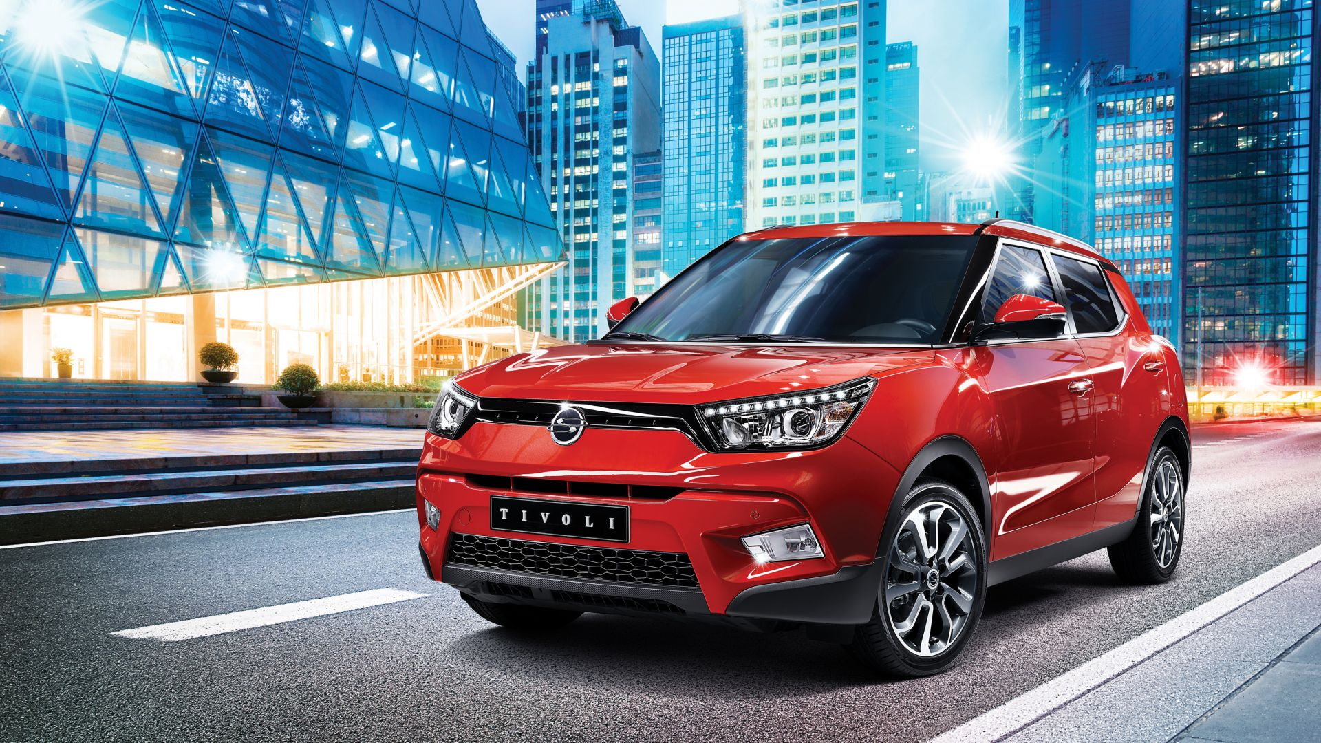 Ssangyong tivoli, crossover, red, city. (horizontal)