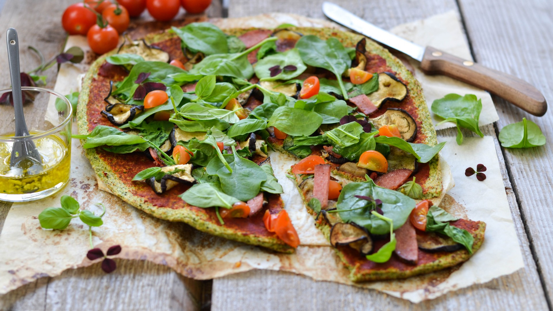 ... pizza, broccoli, parsley, basil, saffron, tomatoes, sausage, zucchini