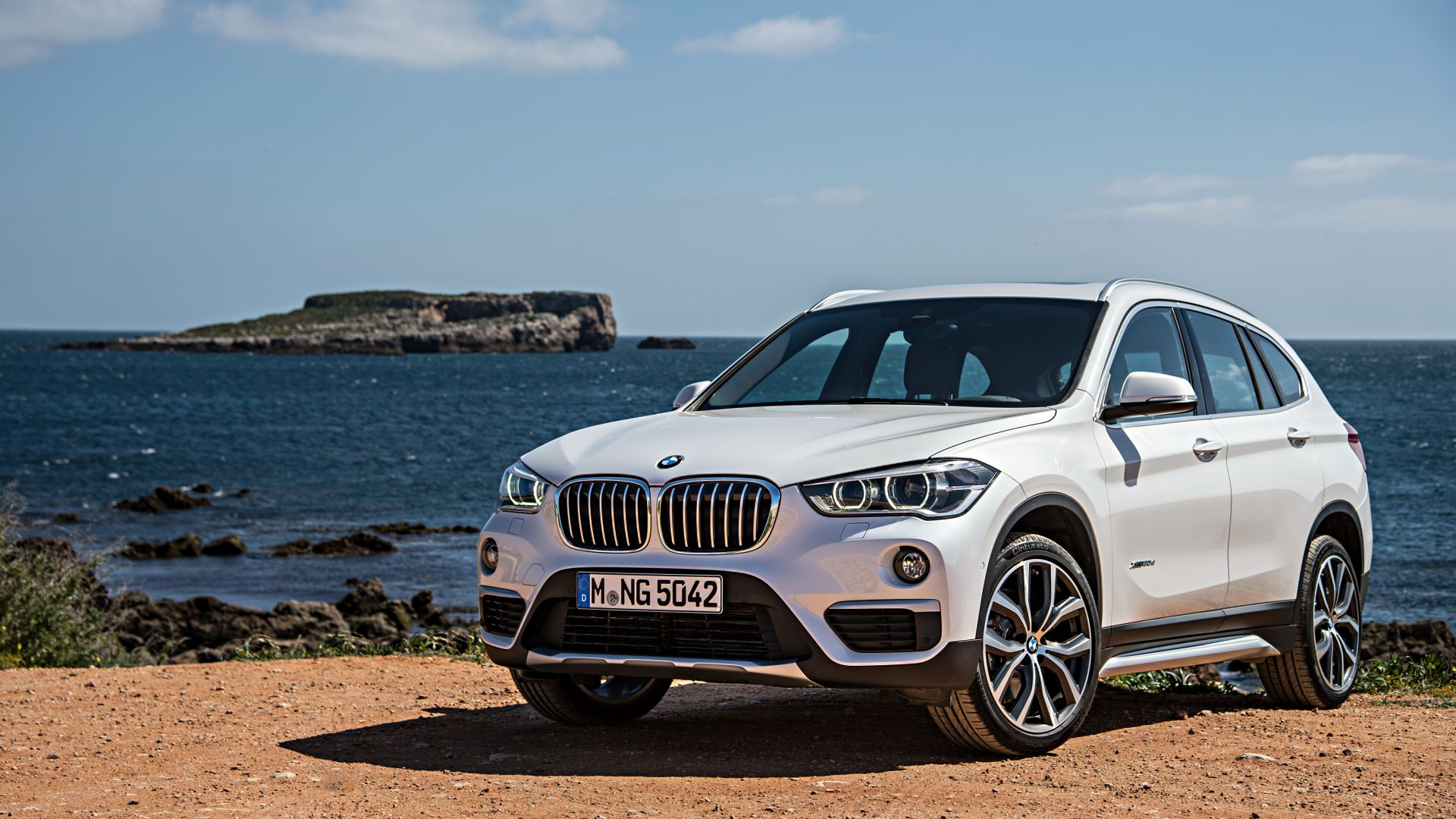 wallpaper bmw x1 crossover luxury cars white suv. Black Bedroom Furniture Sets. Home Design Ideas