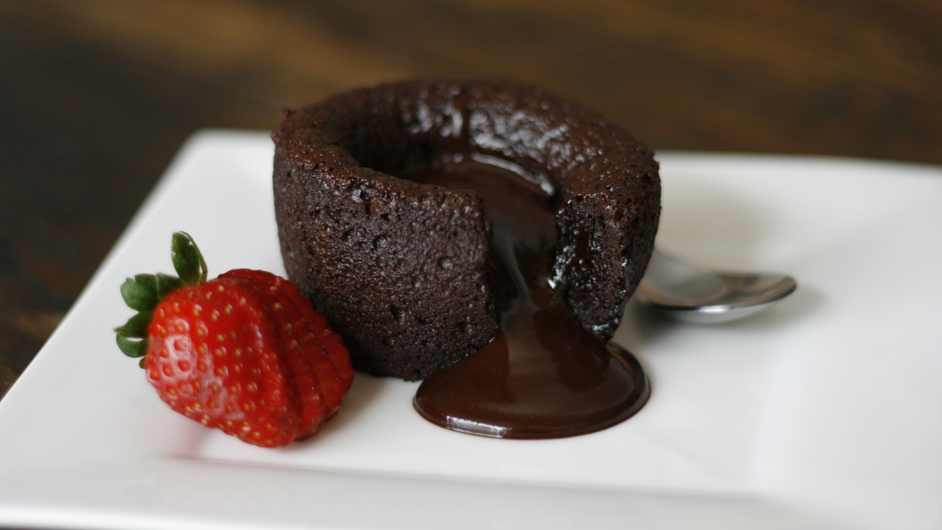 Valentine Chocolate Cake Games