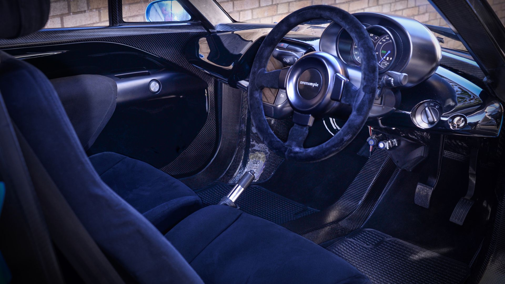 Riversimple Rasa, hydrogen-powered city car, hydrogen, interior (horizontal)