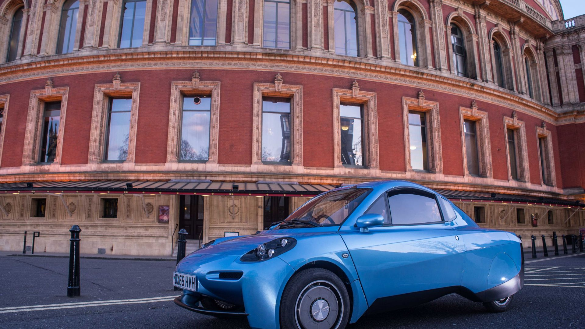 Riversimple Rasa, hydrogen-powered city car, hydrogen, blue (horizontal)