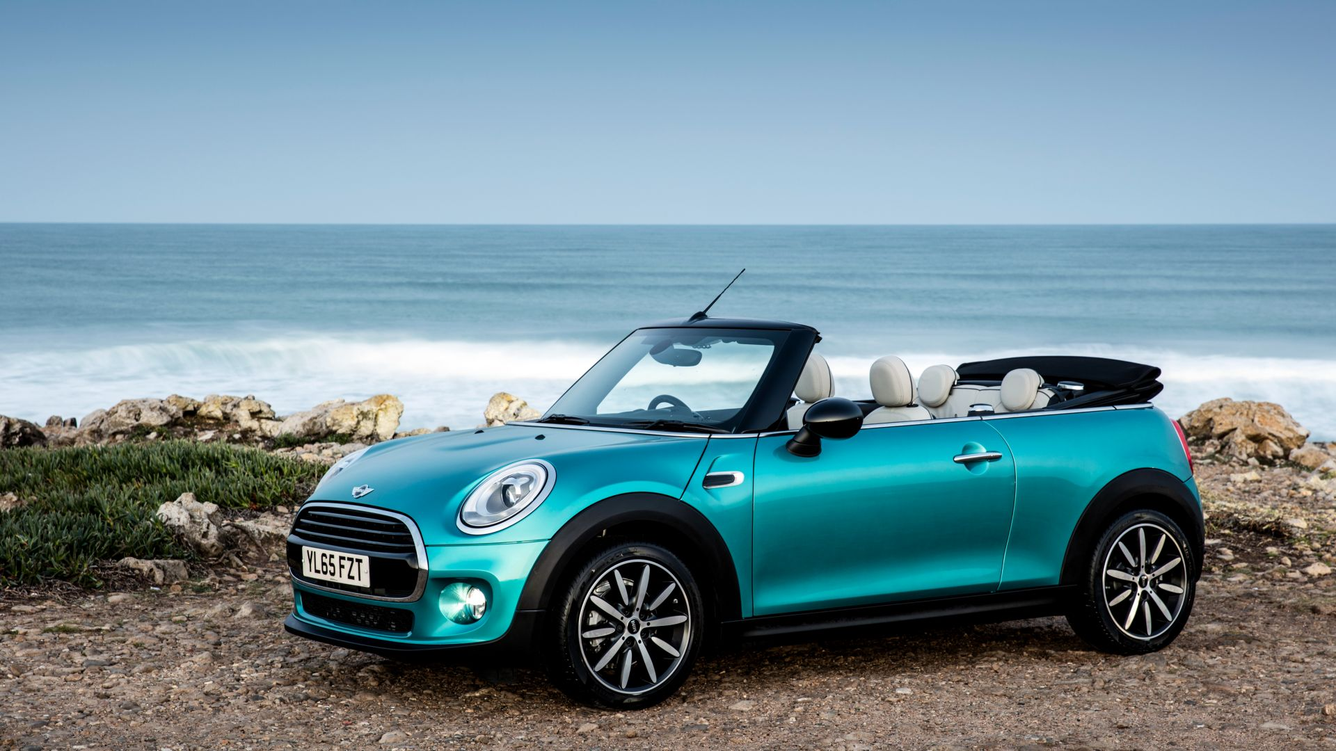 wallpaper mini cooper cabrio cabriolet blue cars bikes 8954. Black Bedroom Furniture Sets. Home Design Ideas