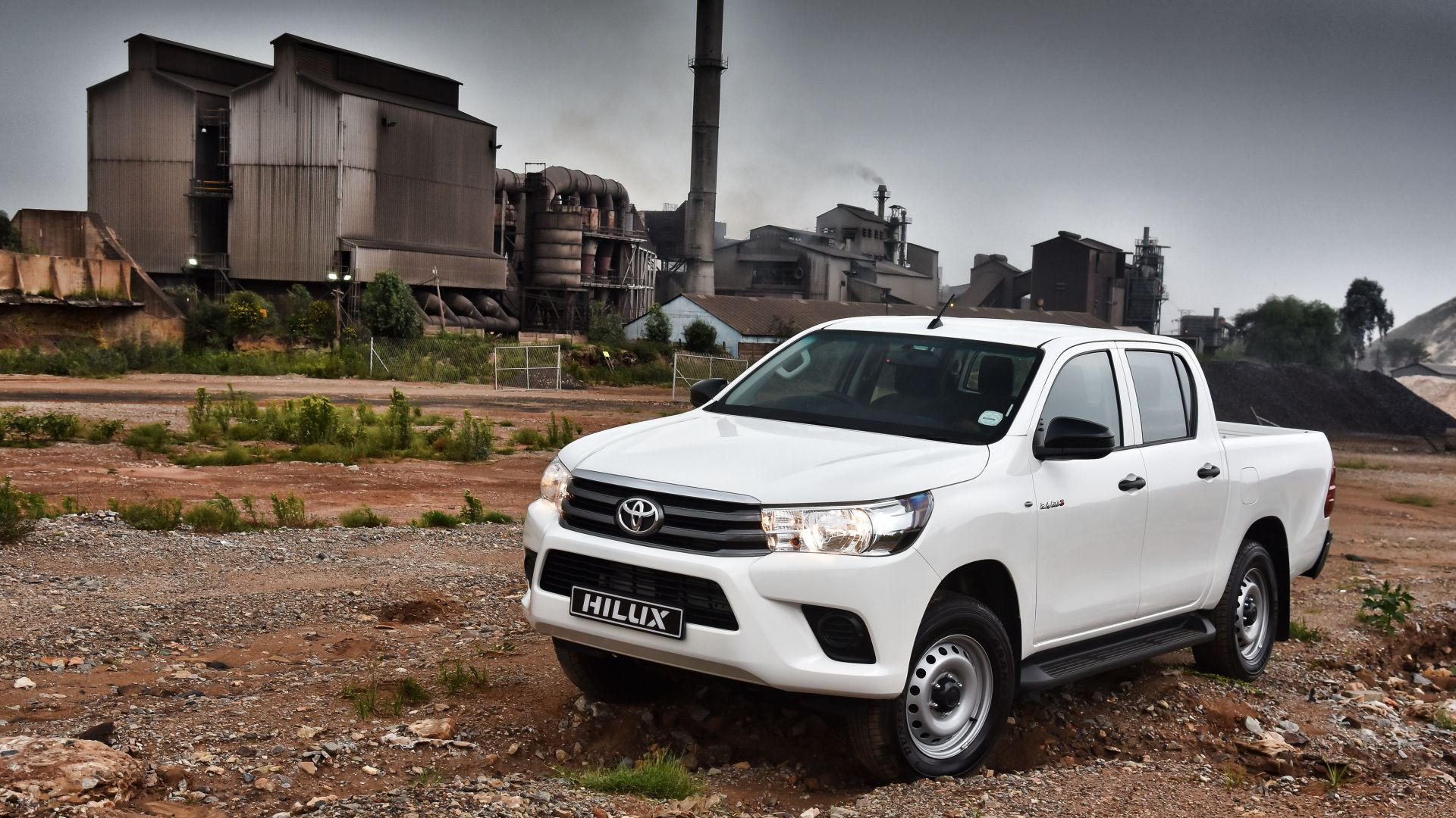 wallpaper toyota hilux 4x4 srx double cab pickup white cars bikes 9796. Black Bedroom Furniture Sets. Home Design Ideas