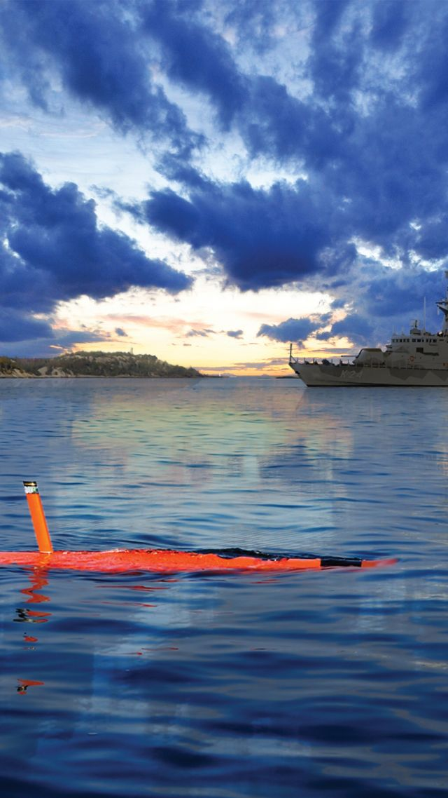 Saab AUV62-AT, drone, submarine, Unmanned Warrior 2016, Swedish Navy, Swedish Army (vertical)