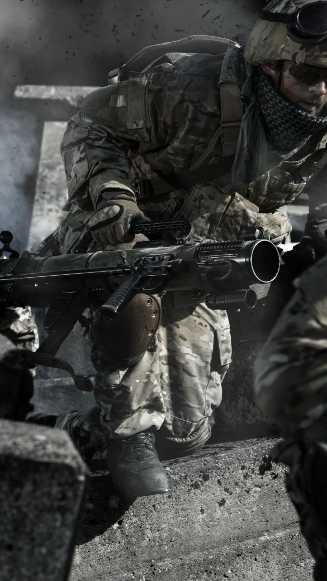 Carl Gustaf M4, recoilless rifle, Swedish Army (vertical)